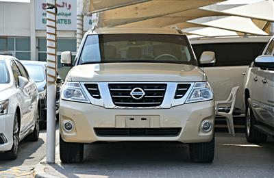 NISSAN PATROL LE MODEL 2017 -  GOLD - 93,000 KM - V8 - GCC...