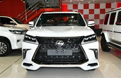 BRAND NEW LEXUS LX570 WHITE EDITION S- 2019- WHITE- GCC...