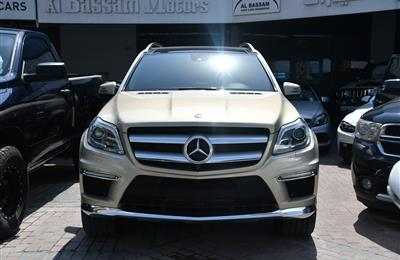 MERCEDES-BENZ GL500- 2013- GOLDEN- 140 000 KM- GCC SPECS