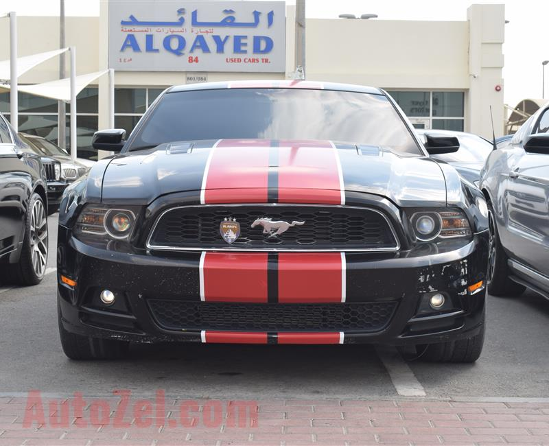 FORD MUSTANG GT- 2014- BLACK- 88 000 KM- GCC