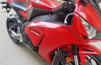 2015 honda cbr1000rr clean nd neat bike