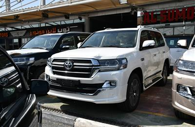 TOYOTA LAND CRUISER GXR GRAND TOURING- 2020- WHITE- GCC...