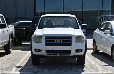 FORD PICK-UP- DIESEL- 2009- WHITE- 400 000 KM- GCC SPECS
