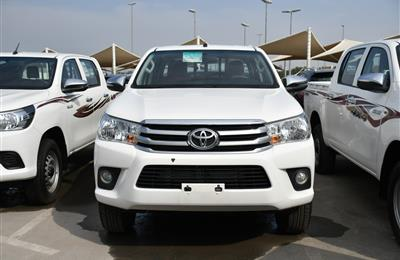 TOYOTA HILUX DSL- 2019- WHITE- 32 000 KM- GCC, MANUAL GEAR