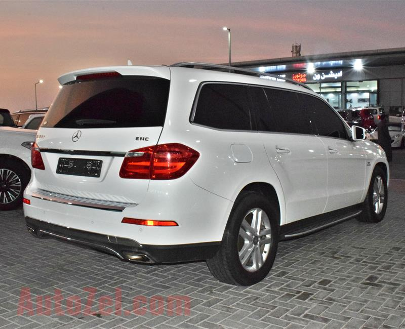 MERCEDES-BENZ GL500 FULL OPTION- 2014- WHITE- 130 000 KM- GCC