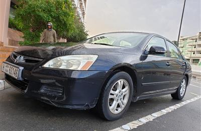 Honda Accord 2007 privately owned 2.4L v4 for sale