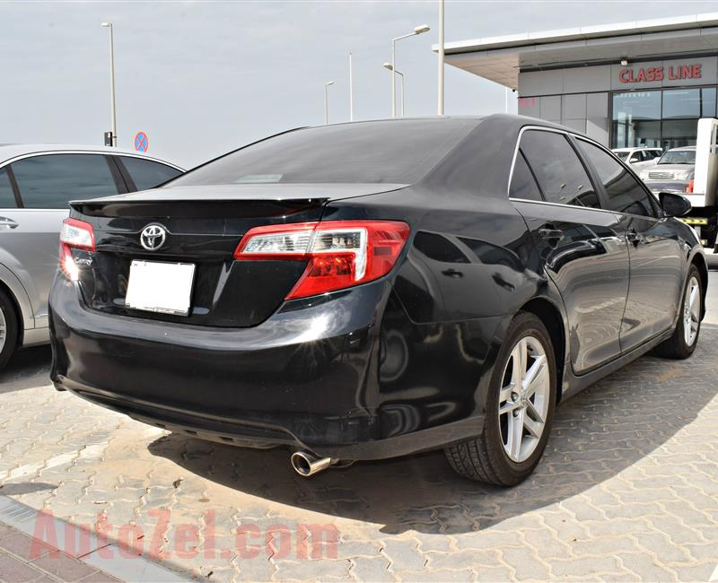 TOYOTA CAMRY MODEL 2014 - BLACK - 180000 KM - V4 -  CAR SPECS IS AMERICAN