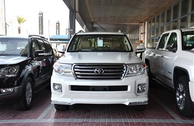 LAND CRUISER GXR V8- 2015- WHITE- 130 000 KM- GCC SPECS
