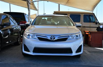 TOYOTA CAMRY LE MODEL 2014 - SILVER - 64.000 MILES - V4 -...