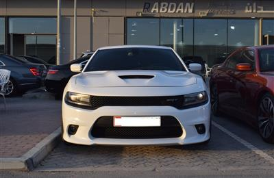 DODGE CHARGER SRT- 2016- WHITE- 100 000 KM- GCC SPECS