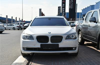 BMW 740i- 2011- WHITE- 187 000 KM- GCC SPECS