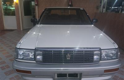 TOYOTA CROWN 1989 IMPORTED FROM JAPAN