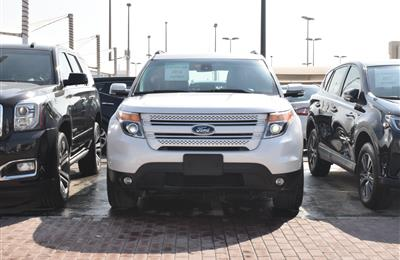 ford explorer model 2014 - white - 75,000 km - v6 - gcc