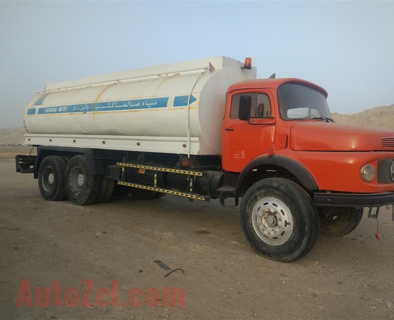 Mercedes 1978 water tanker