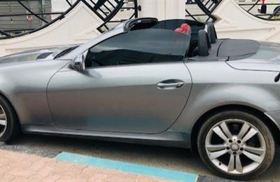 MERCEDEZ BENZ SLK 350   IN GOOD CONDITION   AED 28000