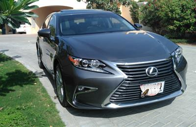 single Owner Lexus ES350 in mint condition