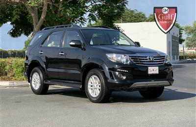 Toyota Fortuner SR5 V6 - 2014 - FULL OPTION - TRD KIT -...