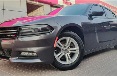Dodge charger 2017 V6 low mileage