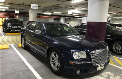 Chrysler 300C Top of the range V8-Good Condition