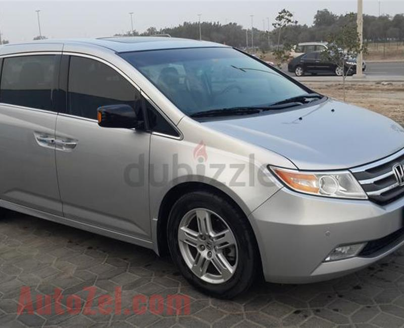 EXCELLENT/MINT CONDITION HONDA ODYSSEY TOURING FULL OPTION