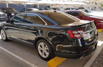 Ford Taurus 3.5L 6V SEL 2015 GCC 91Km, full option no...