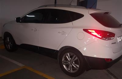 Low Mileage Hyundai Tucson 2014 AWD 2.0 L