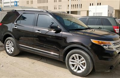 Ford Explorer 2014 XLT, Brown, 82,000 kms, Lady Driven
