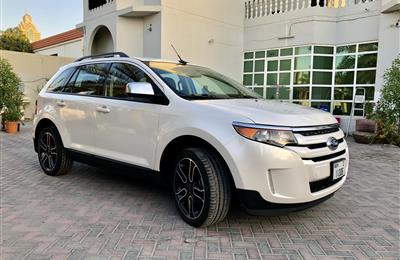 Very Very clean Ford Edge 2014 SEL AWD with full service...