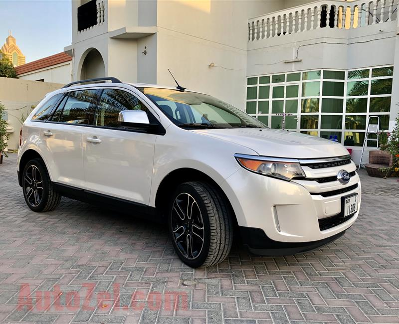 Very Very clean Ford Edge 2014 SEL AWD with full service history