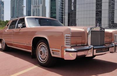 LINCOLN CONTINANTAL 1979 TOWN CAR