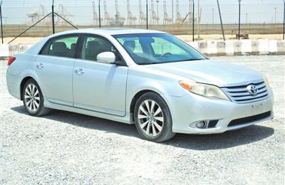 Toyota Avalon 2011 Silver Colour Full Option for Sale