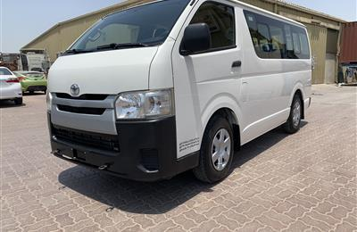 For sale Toyota hiace mini bus 13 seater model 2014 in...
