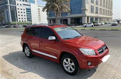 Toyota RAV4 2012 full option red