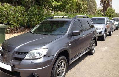 Mitsubishi OUTLANDER 2007 GCC GOOD CONDITION