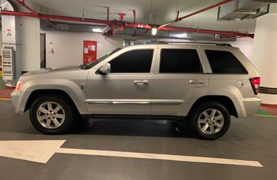 Jeep Grand Cherokee V8- 4.7 - Full Option