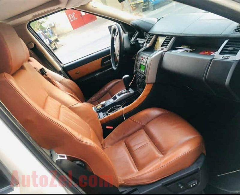 RANGE ROVER 2008 (LOST JOB) PERFECT CONDITION