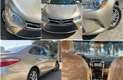 Toyota Camry LE USA specs
