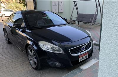 BLACK VOLVO C70  2010 / 2011 T5 COUPE