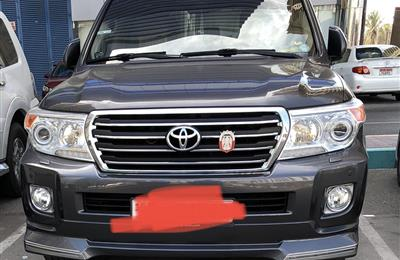 Toyota Land Cruiser GXR V-6